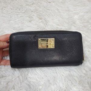 Michael kors black leather wallet  golden hardware
